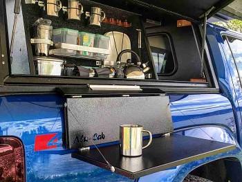 Alu-Cab Skládací stolek pro Hardtop