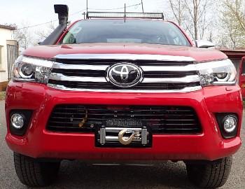 Montážní deska pro naviják Toyota Hilux 2016+