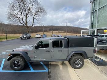 Alu-Cab Hardtop hliníkový Jeep Gladiator