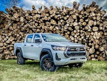 Sada LAZER pro Toyota Hilux Linear Elite