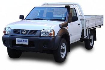 Safari snorkel Nissan Navara 2001-6 D22(ZD 30 Turbo)